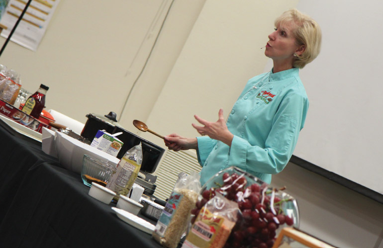 Lori Sobelson presents 'Healthy Eating on a Budget' on campus at George Fox University